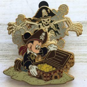 Pirates of the Caribbean -  Mickey Mouse Treasure